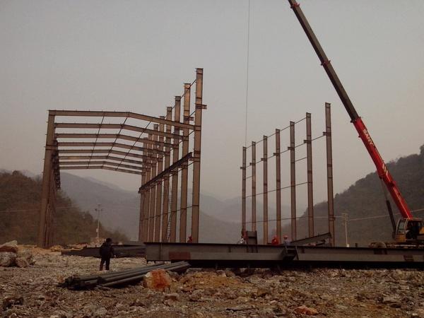 钢结构施工产生变形的因素有哪些?