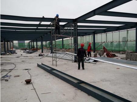 钢结构工程冬季需注意哪些施工问题?