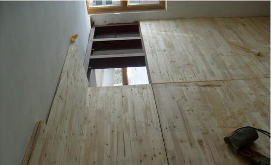 钢结构夹层选用木板有什么优势